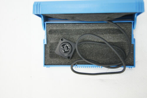 Kistler 8305A10 Capacitive Accelerometer Beschleunigungsensor