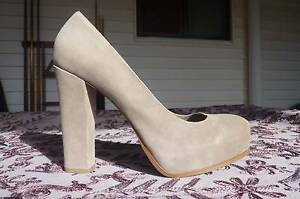 Ladies Size 6 leather Shoes Trinity Beach Cairns City Preview