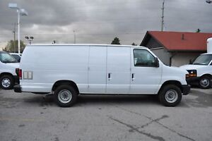 ed6839a459 2014 Ford E-250 EXTENDED CARGO VAN.