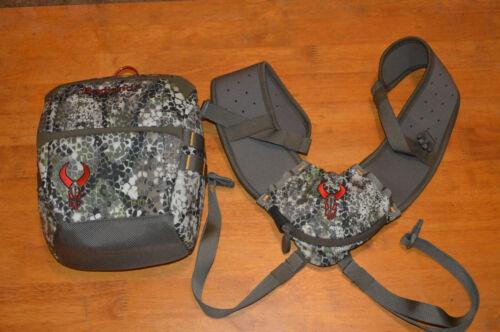 Badlands Bino X Magnetic Binoculars Optics Case Bag - Approach Pattern