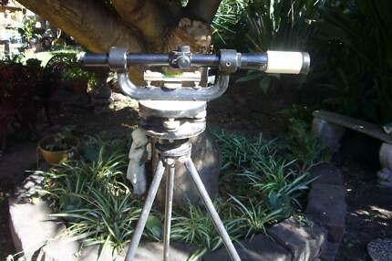 Rare Willis Vintage Surveying Dumpy Level Instrument