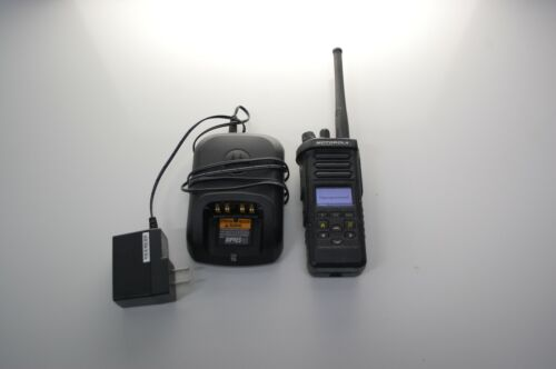 MOTOROLA APX 4000 UHF 450-520 MHz h51sdf9pw6an UHF R2 DOUBLE KNOB