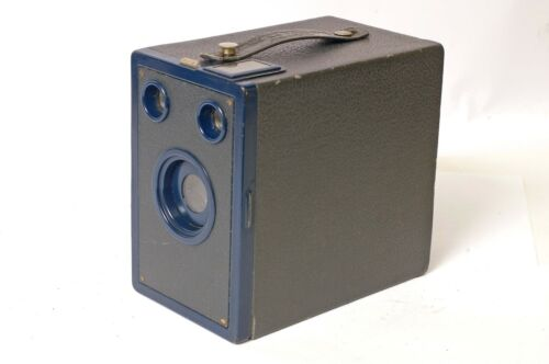 F90328~ Kodak No. 2A Target Hawk-Eye Roll Film Box Camera Pretty Blue Version