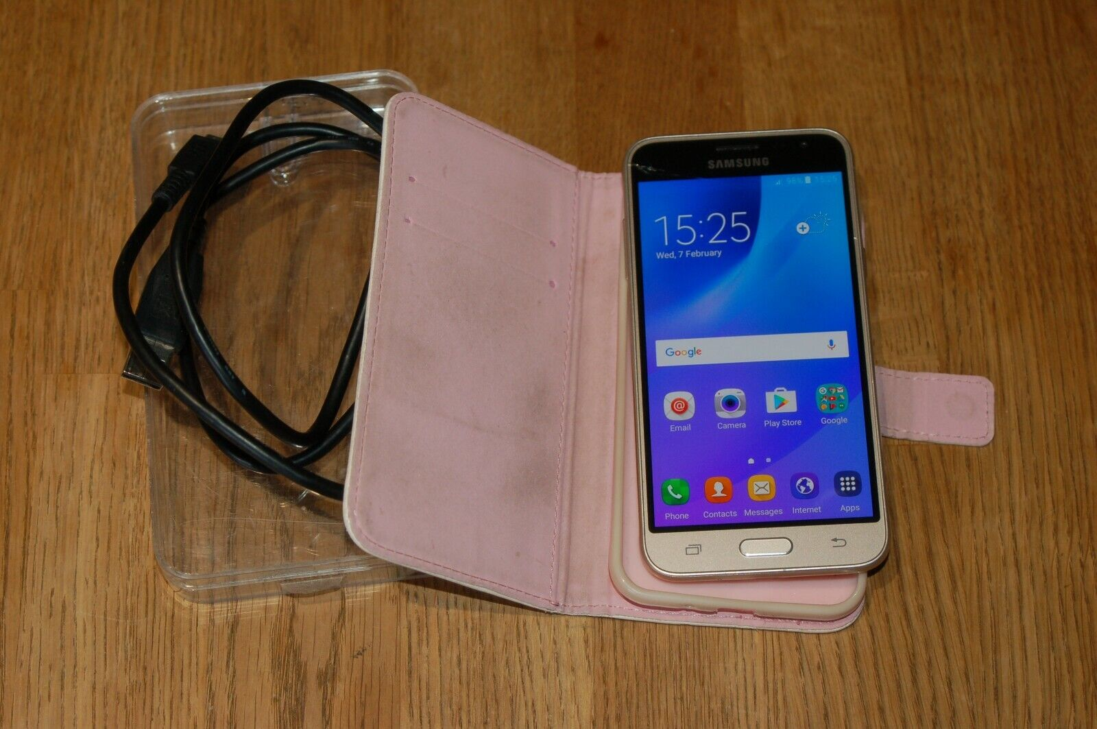Android Phone - Samsung Galaxy J3 (6) Mobile Phone Smartphone