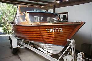 1/2 cabin Meranti timber Cruiser Noble Park Greater Dandenong Preview
