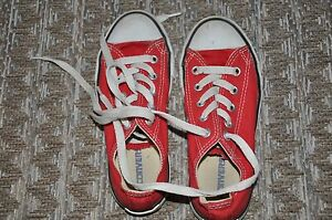 Red converse all stars Size 12.5 Bilgola Pittwater Area Preview