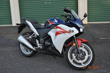 Honda CBR250 Motorbike in excellent condition