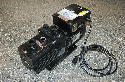 Ulvac Model Gld-040 Two-stage Vacuum Pump 220 Volt