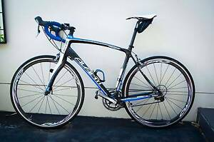 Carbon Road Bike Avanti Cadent CER4 South Windsor Hawkesbury Area Preview