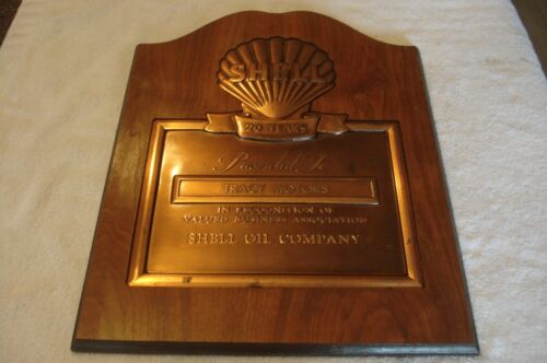 1970s Vintage Shell Oil Company Wood/Copper 20 Year Award Plaque Tracy Motors