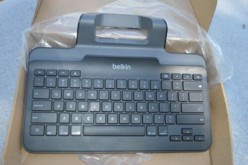 Belkin Wired Keyboard with Stand for iPad with Lightning Connector B2B130