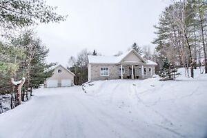 Maison - à vendre - Cantley - 21527319