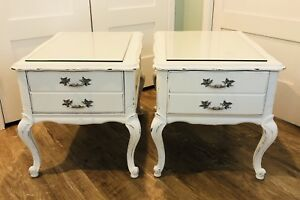 2 Beautiful Side Tables