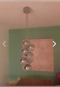 Luminaire - suspension - 7 boules de métal chromées
