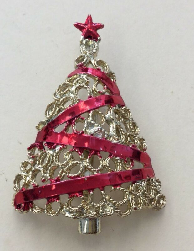 Vintage Estate Goldtone Costume Christmas Holiday Enameled Tree Pin VCT5