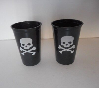 2 pieces black with white skull Halloween plastic shot glasses 1.5 - Halloween Shot Glasses Plastic