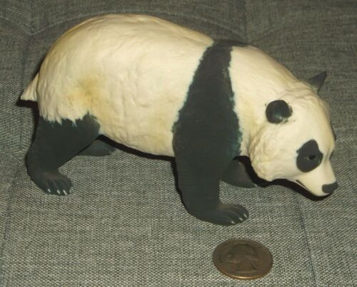 "G)VINTAGE MADE IN ITALY CAPO? V. BINDI PANDA BEAR FIGURINE  3 1/8""H X 5 1/2""L"