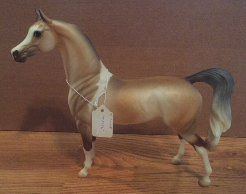 Peter Stone Horse Model Named Oasis From 2004