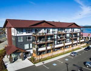Downtown Campbell River, ocean front,  1 bdrm,   May 1st