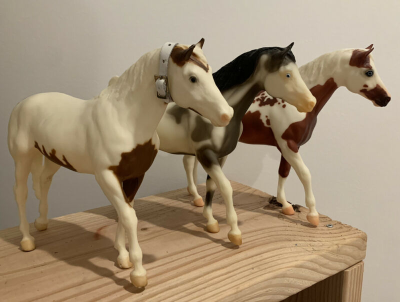 Breyer Lot Of 3 San Domingo