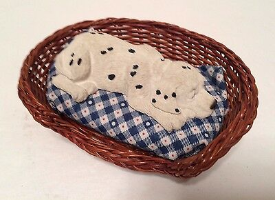 Sandicast Lil' Snoozer Dalmatian In Wicker Basket Dog Bed With Pillow S43 Domino