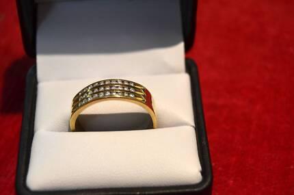 9ct gold ring Men s Jewellery