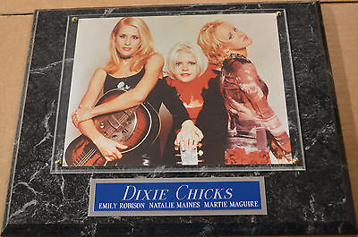 #1 FAN DIXIE CHICKS FRAMED 8 X 10 PHOTO-12X15 WALL PLAQUE DISPLAY
