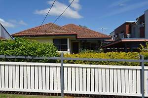 3 BEDROOM HOUSE PLUS GRANNY FLAT Camp Hill Brisbane South East Preview