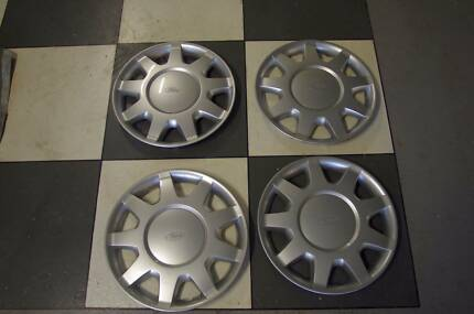 Ford Falcon AU/BA hubcaps