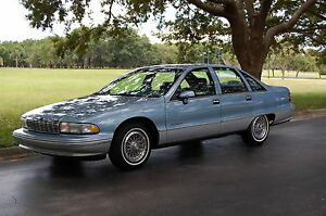 1992-Chevrolet-Caprice-4dr-Sedan