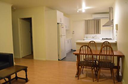 Glenelg Unit Available for Sublet