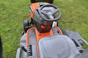 "Ride On Lawn Mower 46"" cutting deck Walwa Towong Area Preview"