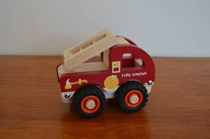 Wooden Fire Truck Strathpine Pine Rivers Area Preview