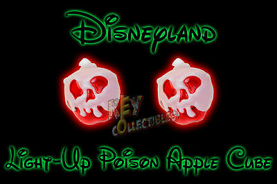 2017 Disneyland Halloween Snow White Poison Apple Light Up Cubes   2 Cubes