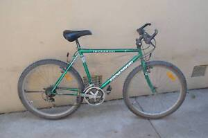 "Graecross Mens Mountain Bike 26"" Wheels Rides Well"