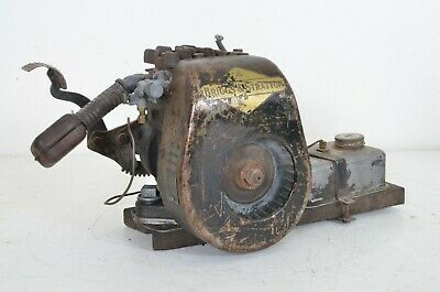 Antique Briggs Stratton Kick Start Engine Model Wmb Type Number 95471 Untested