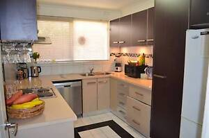2 Bedroom Gem in Cheltenham Walking Distance to Shops and Schools Cheltenham Kingston Area Preview