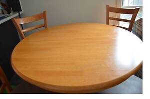 Dining Table and Chairs ( 4 extendable to 6). Wantirna South Knox Area Preview