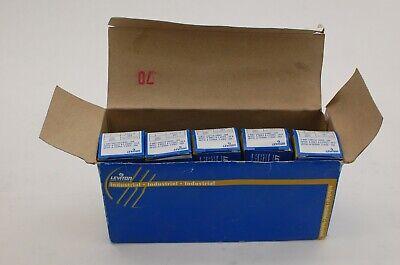 Leviton 1223-21 3-way Switch Grnd - 20a Box Of 5