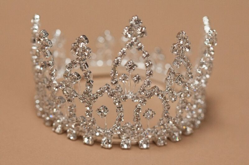 Crystal Mini Tiara Crown for Newborn - Baby Photo Prop Crystal Rhinestone 4061