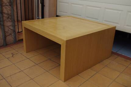 Stunning custom made dinning table! Armadale Stonnington Area Preview