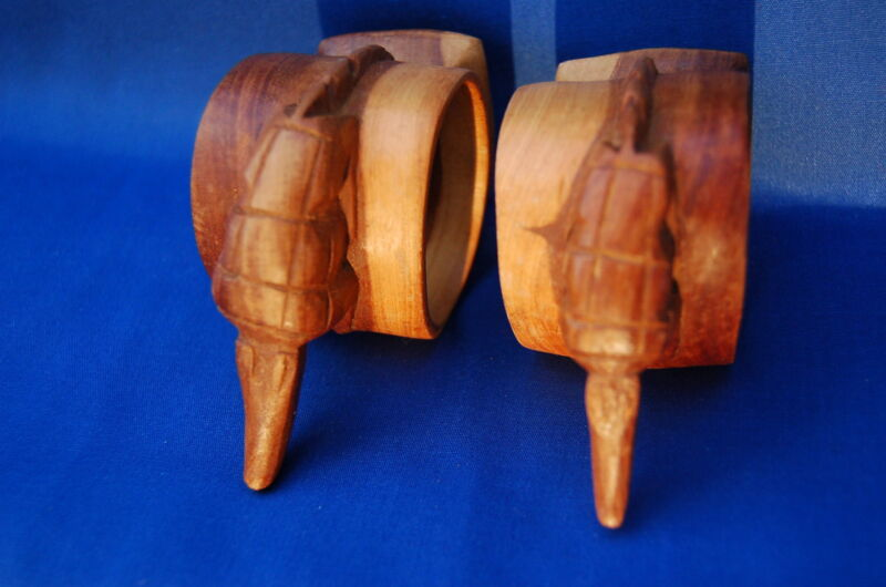 Pair of Alligator or Crocodile Carved Wooden Napkin Rings Unique and barely used