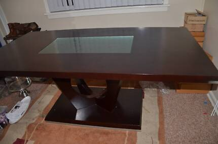 Dark chocolate brown large dining table Campbelltown Campbelltown Area Preview