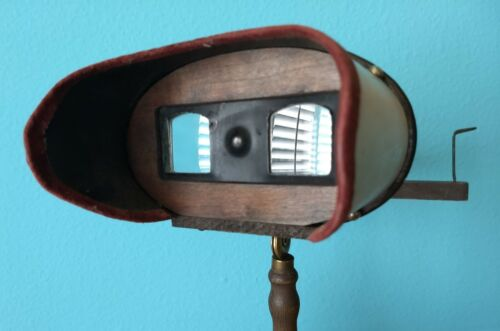 Handsome Antique Victorian 3-D Stereoscopic Viewer