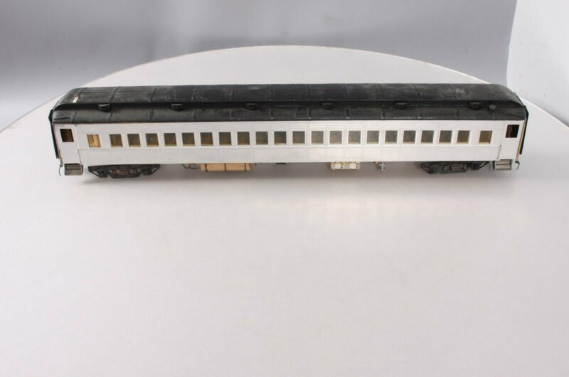 O Scale 2 Rail Undecorated Passenger Car
