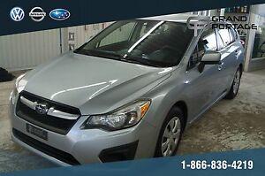Subaru Impreza Voiture à hayon, 5 portes, boîte manuelle 2,0i