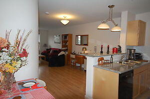 Perfect location and beautifully finished 1 Bed+Den!Avail OCT