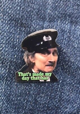 Blakey On The Buses Stephen Lewis Enamel Pin Badge Top Quality