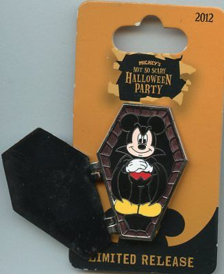 Disney Mickey's Not So Scary Halloween Party Mickey Mouse Dracula Hinged Pin