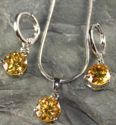 SILVER Elegant Yellow Citrine Round Pendant & Earrings Set WP15003